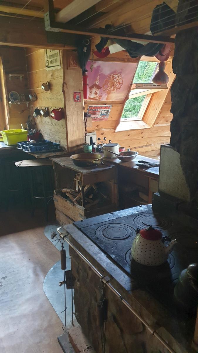 Küche in der Berghütte